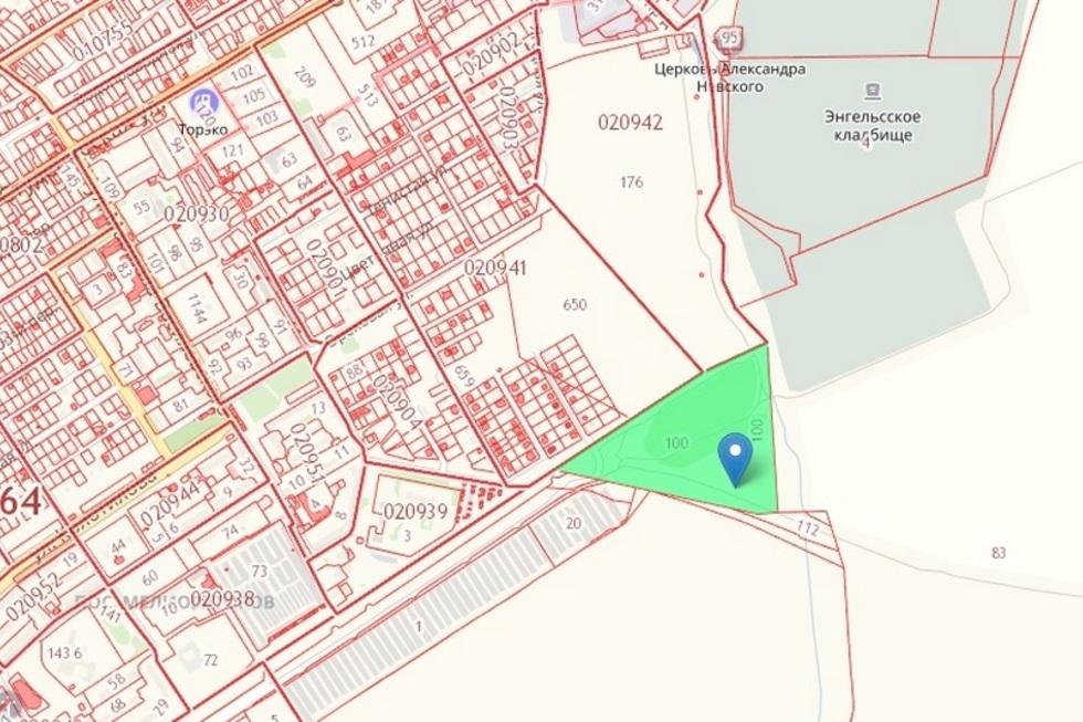 В Энгельсе чиновники изымают еще один участок у кладбища для строительства объездной дороги