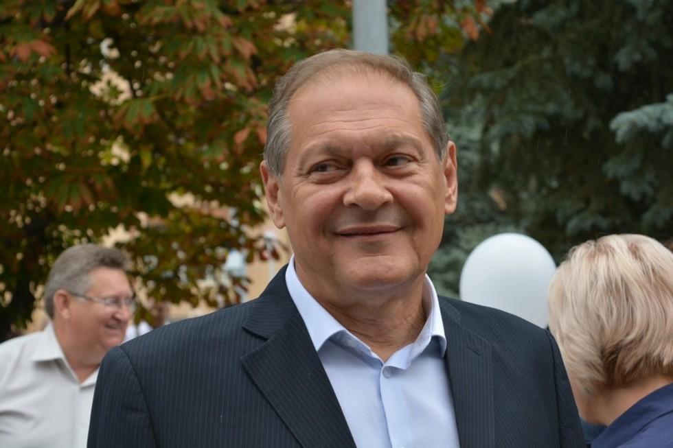 Жительница Энгельса попросила Радаева не забирать «народного мэра» в правительство, чтобы город не утонул в грязи