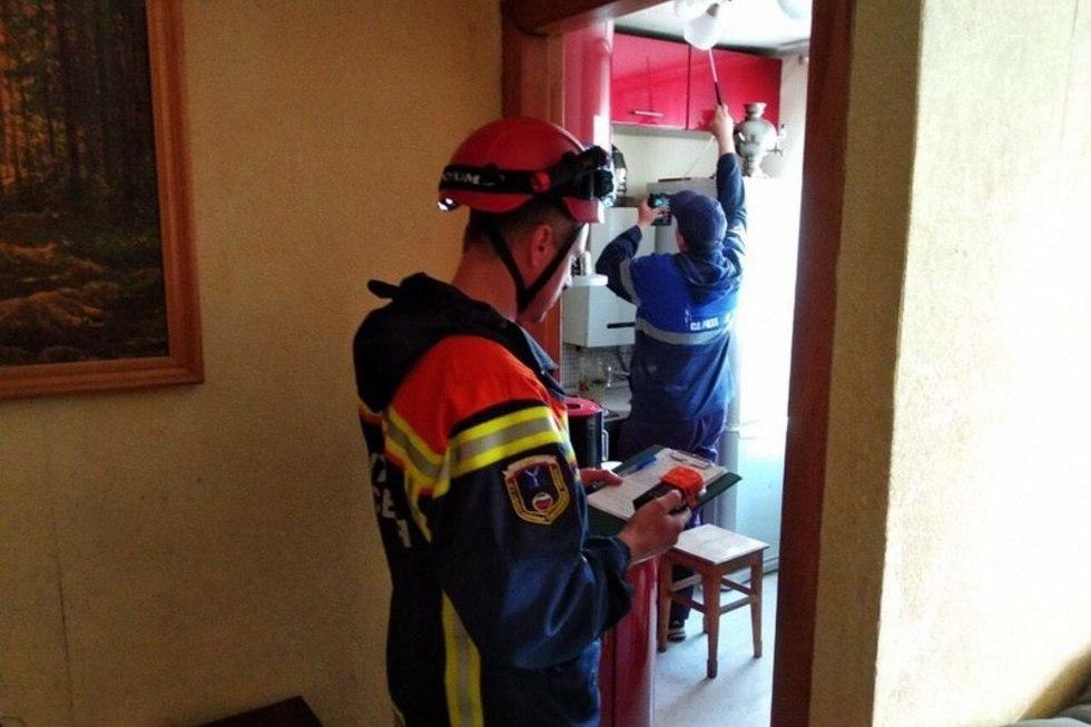 В саратовском поселке после отравления двух жильцов старую трехэтажку с забитыми дымоходами отключили от газоснабжения