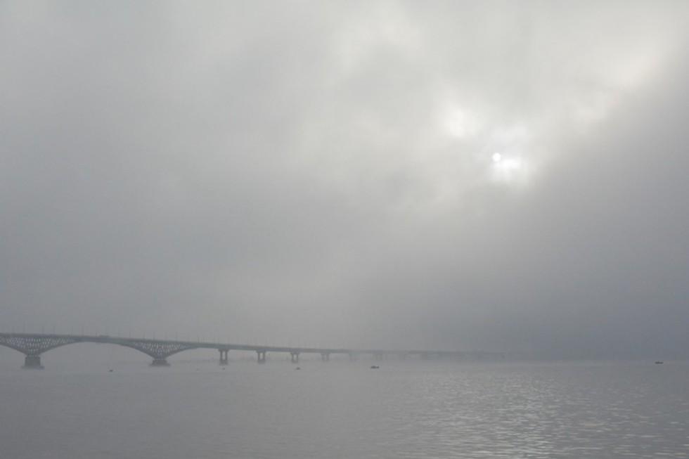 МЧС предупреждает о жаре, шквалистом усилении ветра и грозе в Саратове