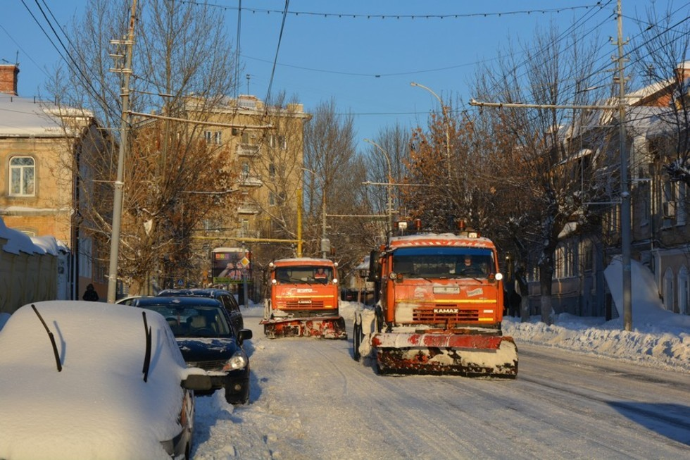 Саратов за 550 миллионов покупает более 70 единиц новой снегоуборочной техники