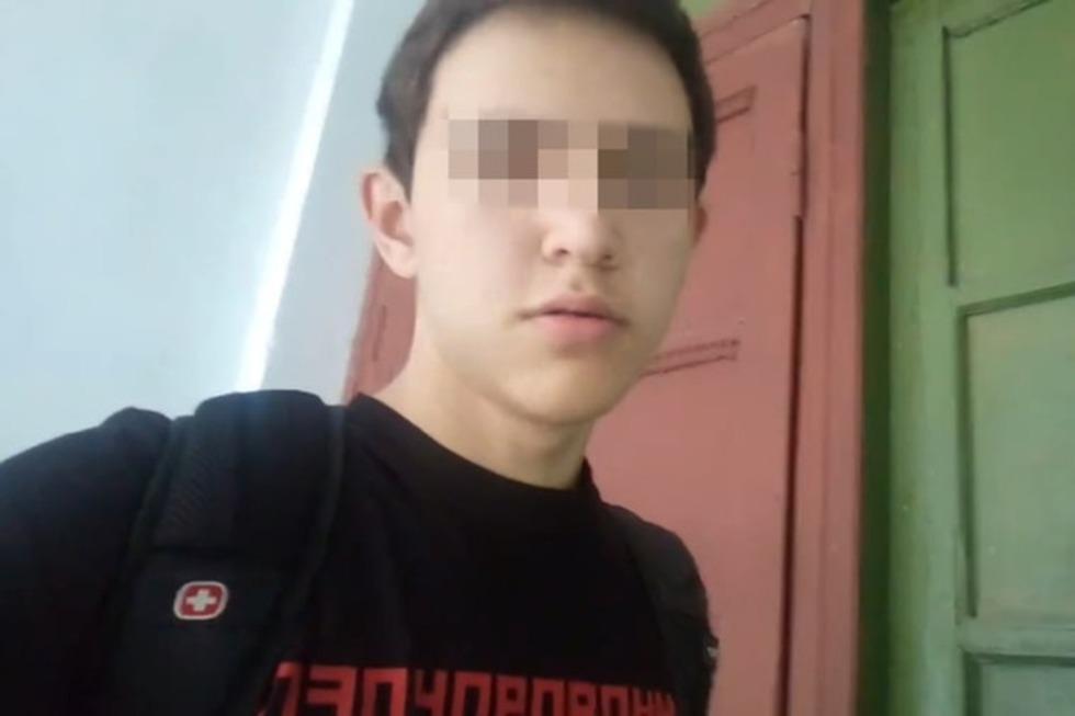 ЧП в Вольском районе: в школе, в которой подросток ударил девочку топором в лоб, не было профессиональной охраны