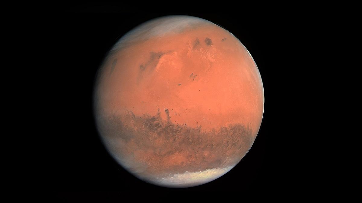 Солнце откачивает воду с Марса