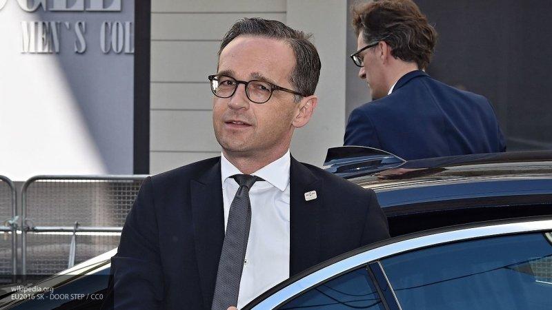 Глава МИД ФРГ и Помпео провели телефонный разговор вместе отмененной встречи