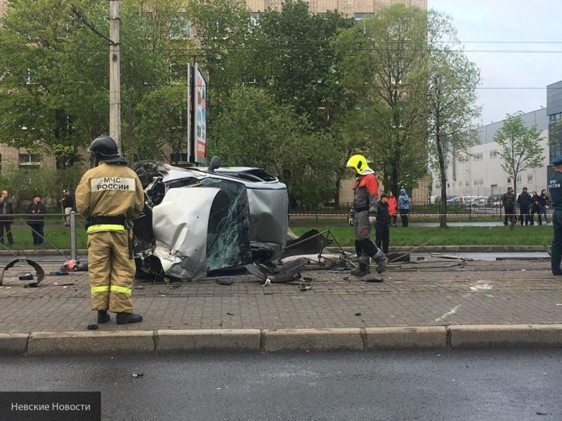 Шесть человек пострадали в ДТП в Петербурге