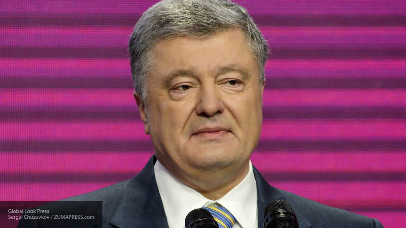 Стало известно, почему Юнкер расплакался на встрече с Порошенко
