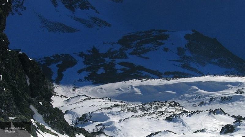 Покорил Эверест и умер на спуске британский альпинист