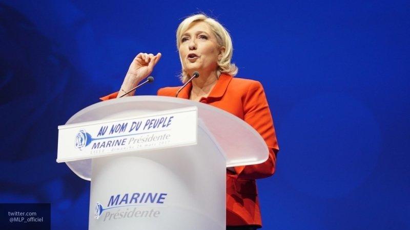 Оппозиционеры лидируют на французских выборах в Европарламент