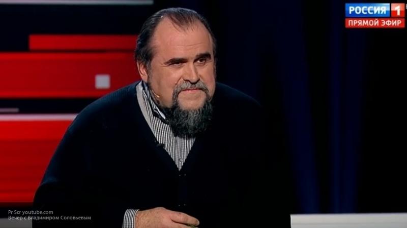 Соловьев рассказал, как не смог влезть в танк из-за лишнего веса