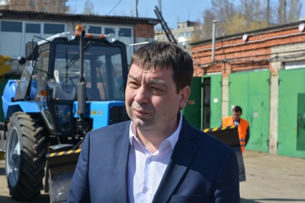 Закупка снегоуборочной техники для Саратова отменена из-за решения ФАС: чиновник пообещал исполнить поручение мэра