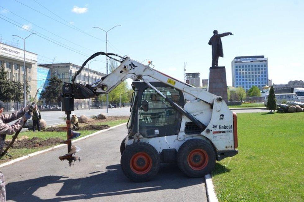 На асфальтирование Театральной площади потратят больше 12 миллионов рублей. Работы будут вестись до осени