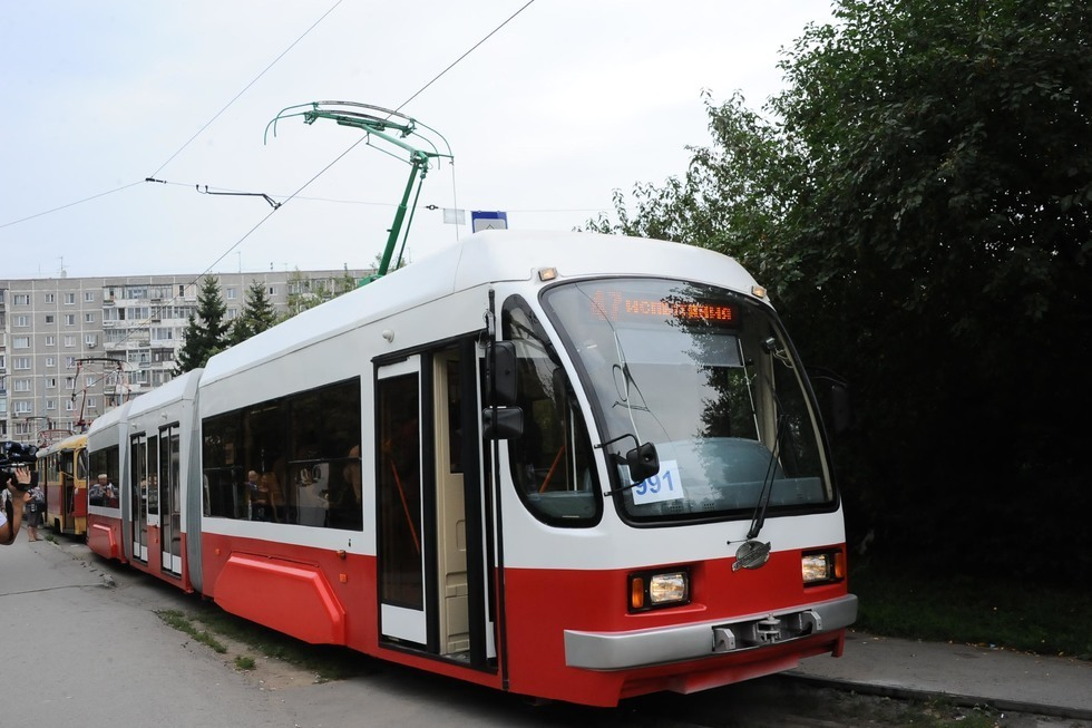 Низкопольные трамваи, новые рельсы и современные остановки: Михаил Исаев рассказал, что планируют заменить при строительстве скоростной трамвайной линии