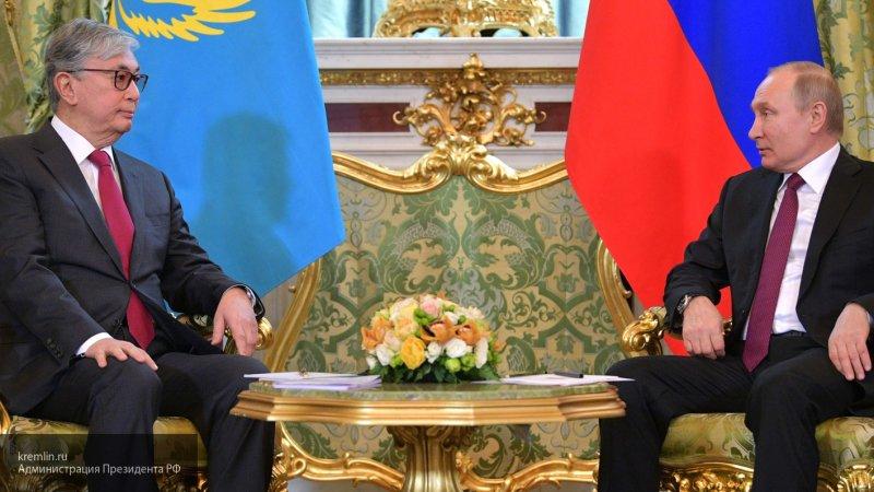Президент Казахстана рассказал о знакомстве с Путиным