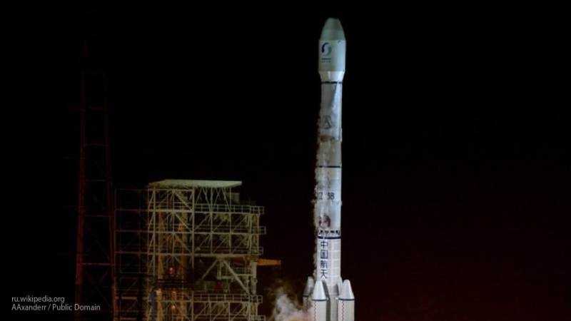 Китай впервые запустит ракету с морского космодрома