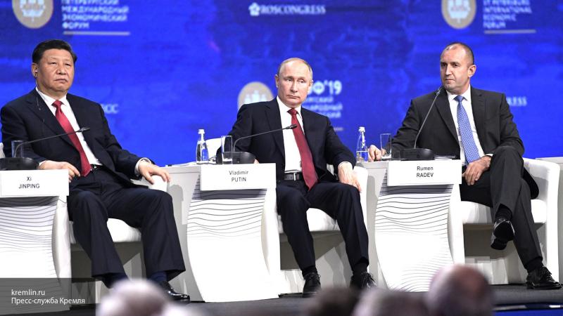 Захарова считает, что США пытаются ослабить взаимоотношения России и Китая