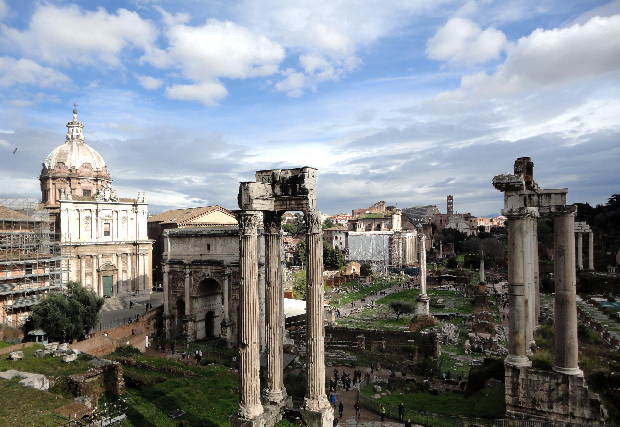 В Рим со всего мира