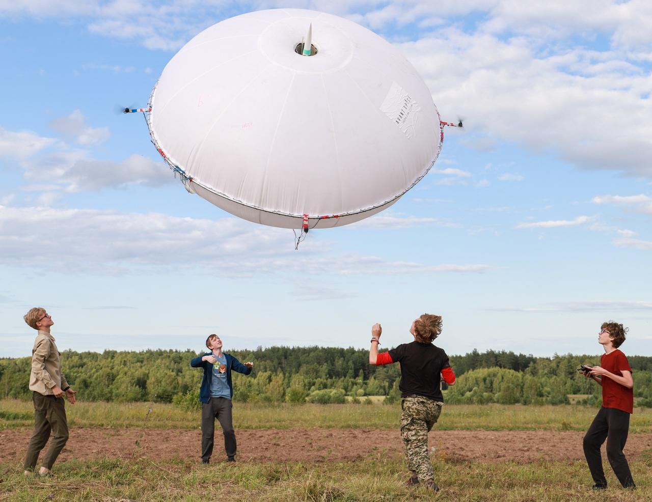 Стартует 10-й сезон проекта «Воздушно-инженерная школа»