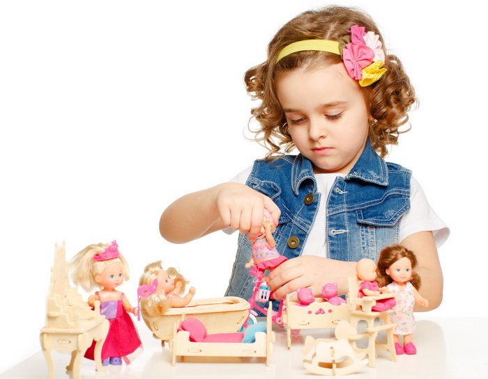 Игра в куклы тренирует эмпатию