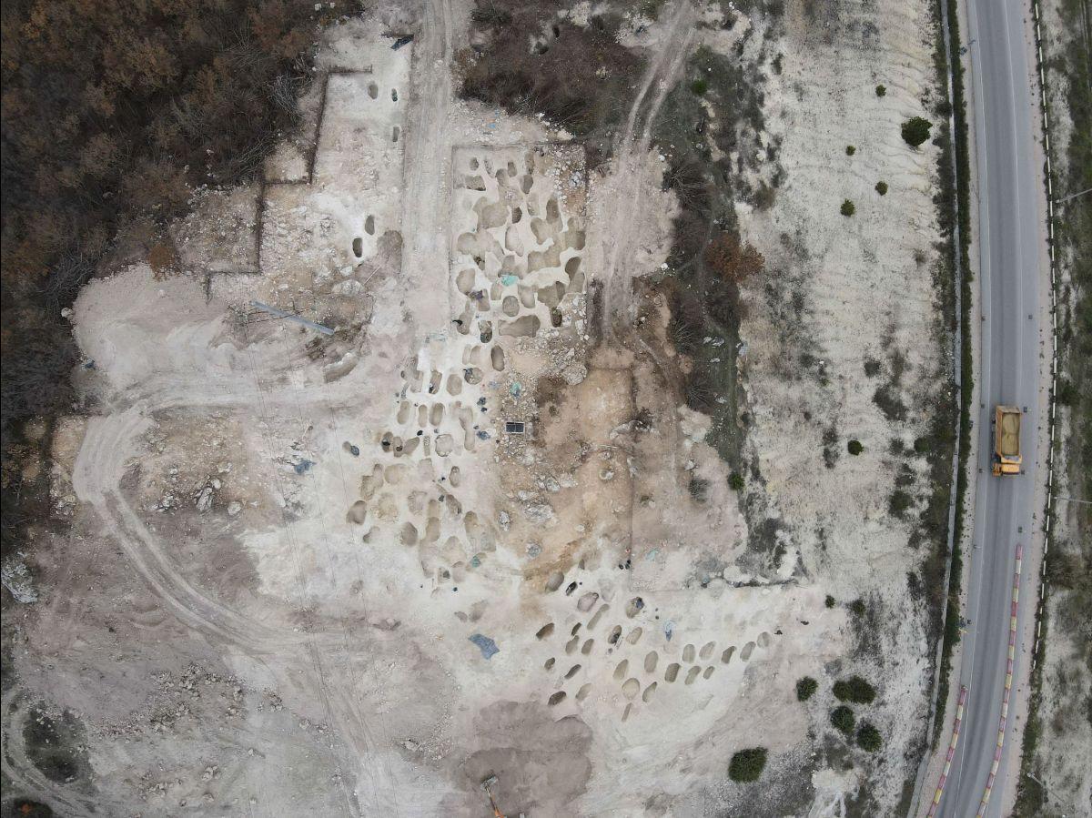Под Севастополем нашли шестьдесят три надгробия поздних скифов