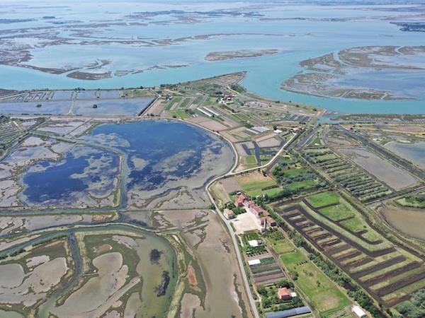 Древний порт Венеции нашли из космоса